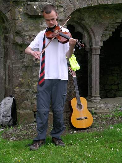 After our field trip, Neill gives us an impromptu concert in the cloister of Bective Abbey.